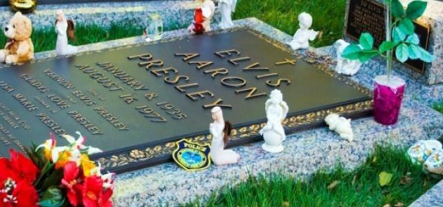 tumba elvis